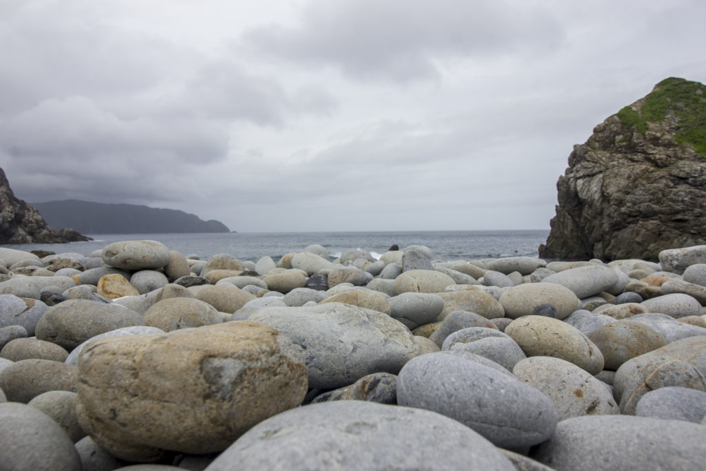 ホノホシ海岸 石