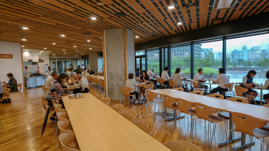 長崎県庁 食堂 内観
