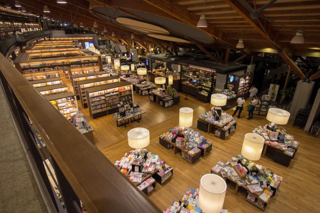 武雄市図書館 2階