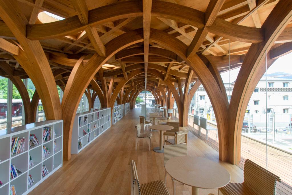 由布市ツーリストインフォメーションセンターの建築