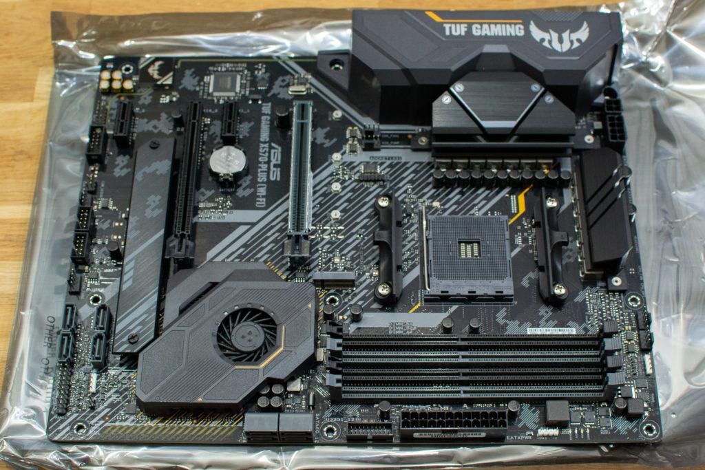 ASUS TUF GAMING X570-PLUS (WI-FI) マザーボード