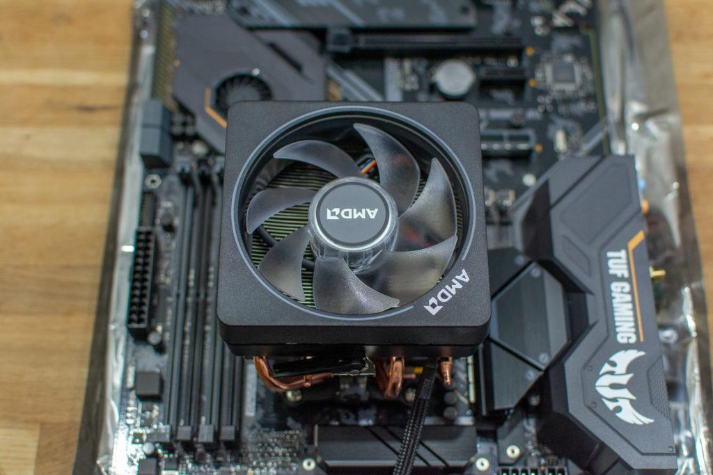 3700X CPU Cooler クーラー装着