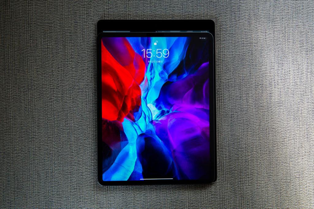 iPad Pro 12.9 旧世代とのサイズ比較
